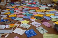 """制作了300个不同材质的信封 ,刘丽芬 Liu Lifen """"情书"""" 2007"""
